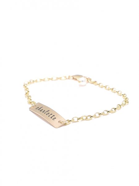 A dainty gold-filled rectangle charm bracelet with engraved name. Perfect for wife, mom, daughter, sister
