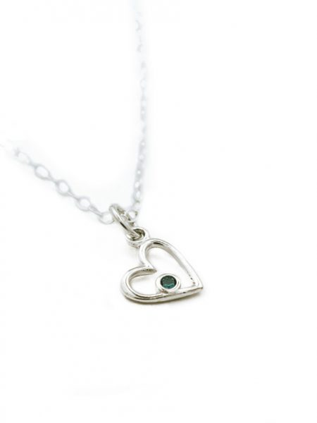 Dainty heart necklace with Swarovski birthstone crystal. Perfect gift for baptisms or your wife, sister, mom