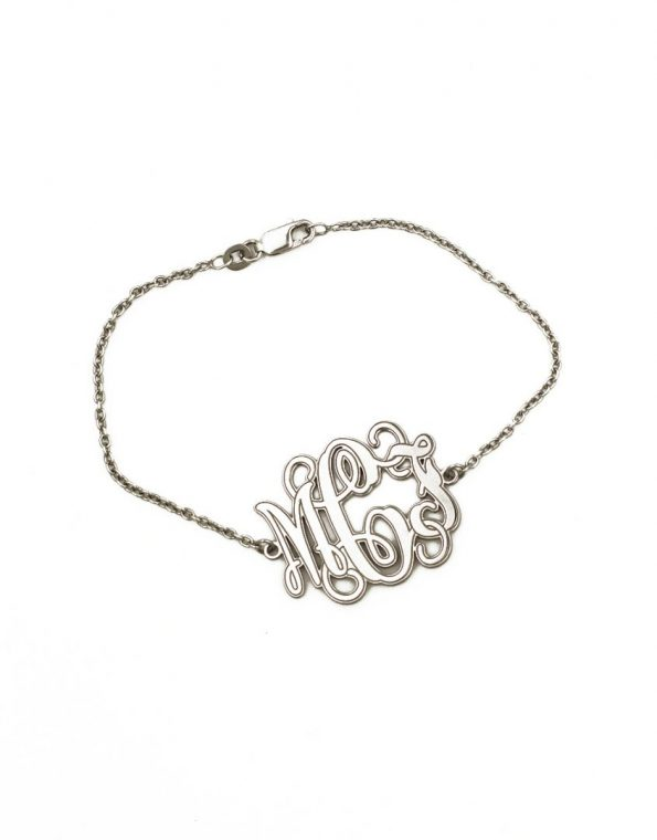 Darling sterling silver monogram bracelet is a perfect gift for yourself or that special someone. Gift it to your wife, friend, mom, sister