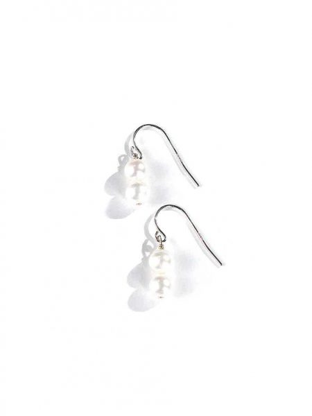 2 Beautiful freshwater pearls hung on sterling silver wires make for perfect classy earrings. Great gift for mom, sister, wife