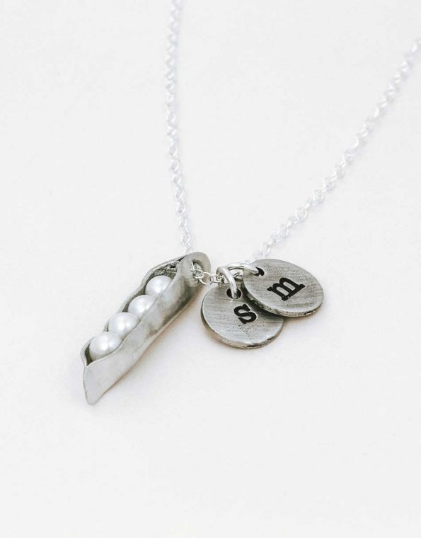 four-pea-in-a-pod-necklace-charms