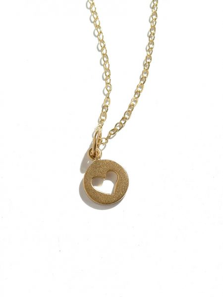24k gold plated dainty heart hung on a gold plated dainty chain. Gorgeous golden necklace for your wife