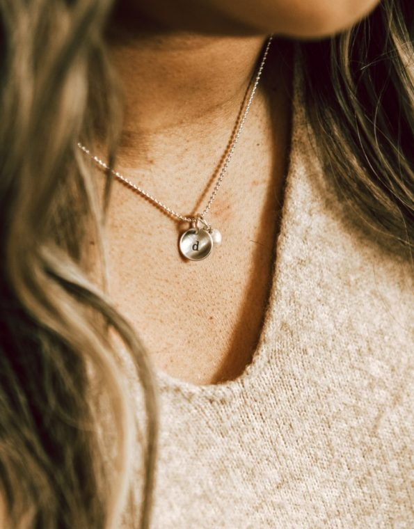 initial-on-a-sterling-silver-chain-model