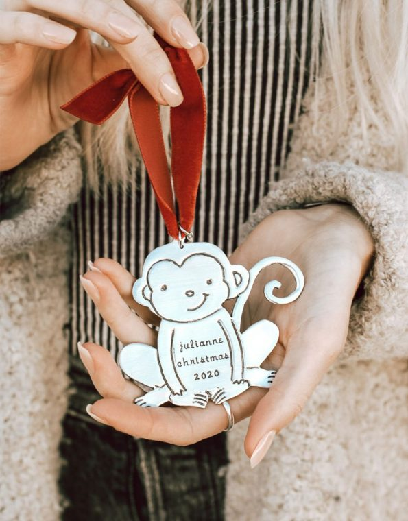 My little monkey ornament is a perfect gift for your kid or your kid's friend. Customize it with the name and the date