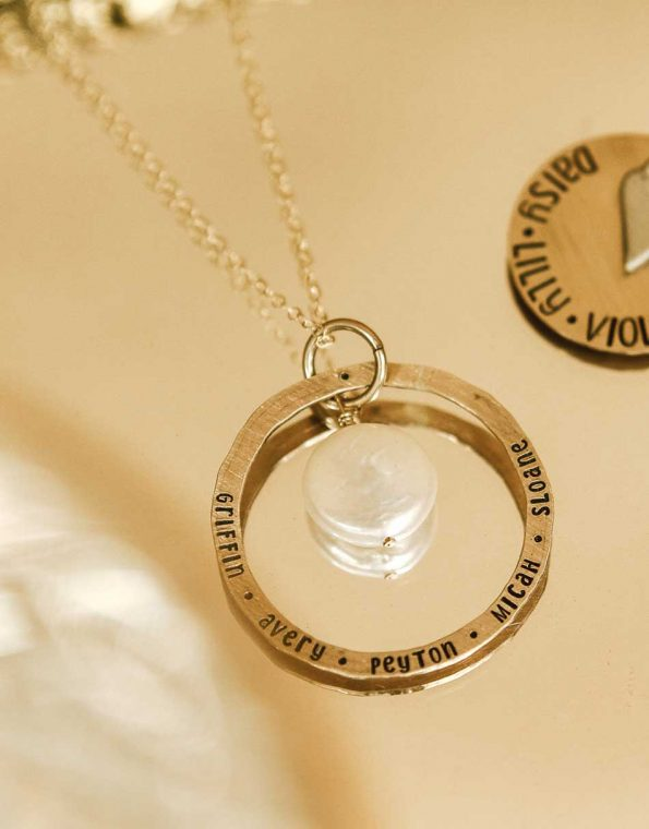 mother-of-pearl-infinity-necklace-studio