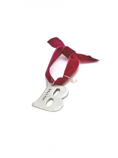 Handmade and hand stamped letter charm, casted in fine pewter silver. Great gift for your loved ones