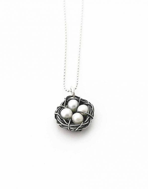 Messy nest pearl necklace. Personalize the necklace by choosing the number of eggs representing your kids.