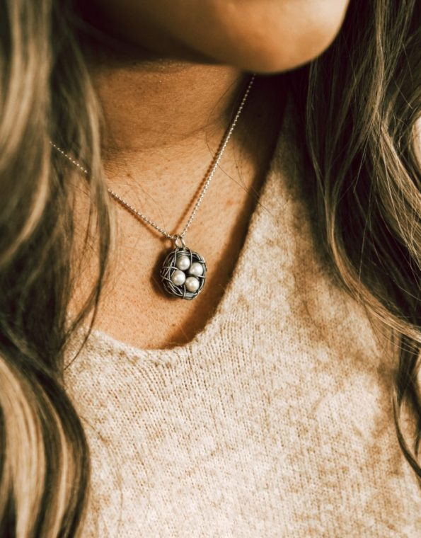 sterling-silver-messy-nest-necklace-model-2