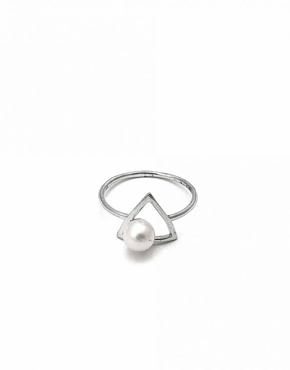 sterling-triangle-pearl-ring-1